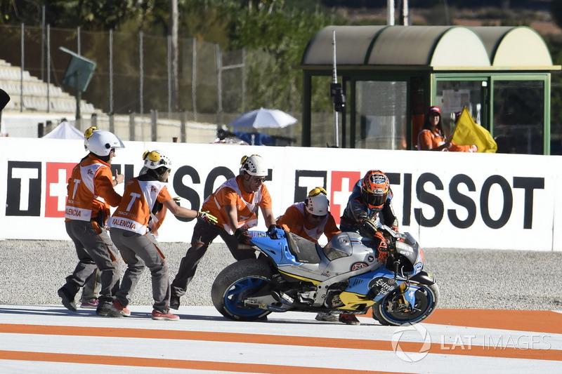Tito Rabat, Estrella Galicia 0,0 Marc VDS, dropped the bike after crash