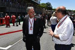 Председатель Formula One Group Чейз Кэри и Лука Колаянни