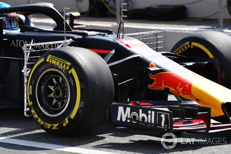 Daniel Ricciardo, Red Bull Racing RB14 ve aero sensörleri