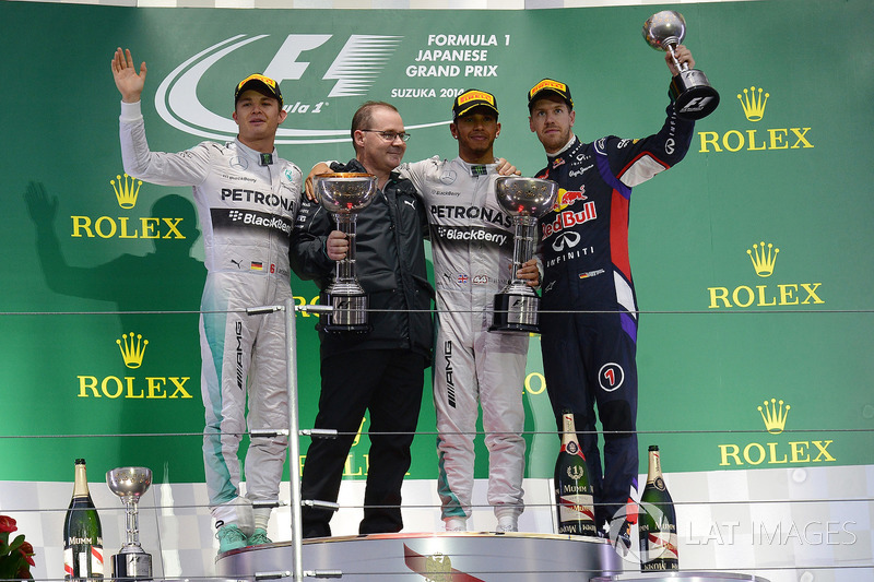Nico Rosberg, Mercedes AMG F1, Peter Hodgkinson, Mercedes AMG F1 Head of Build, race winner Lewis Hamilton, Mercedes AMG F1 and Sebastian Vettel, Red Bull Racing RB10 on the podium