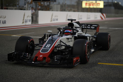 Romain Grosjean, Haas F1 Team VF-18 on the grid