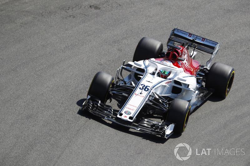 Antonio Giovinazzi, Sauber C37.