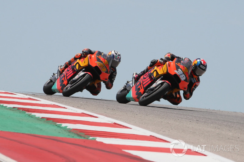 Bradley Smith, Red Bull KTM Factory Racing, Franco Morbidelli, Estrella Galicia 0,0 Marc VDS