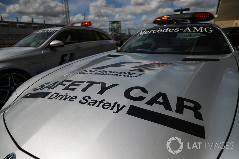 Автомобіль безпеки
