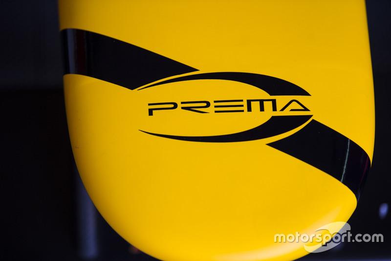 Black band added to car of Antonio Giovinazzi PREMA Racing