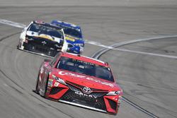 Daniel Suarez, Joe Gibbs Racing, Toyota Camry Coca-Cola, Ryan Newman, Richard Childress Racing, Chevrolet Camaro Caterpillar