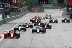 Sebastian Vettel, Ferrari SF71H, Lewis Hamilton, Mercedes AMG F1 W09, Valtteri Bottas, Mercedes AMG F1 W09, Daniel Ricciardo, Red Bull Racing RB14 Tag Heuer, Max Verstappen, Red Bull Racing RB14 Tag Heuer