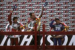 Podium: winnaar Randy Mamola, tweede plaats Eddie Lawson, derde plaats Christian Sarron