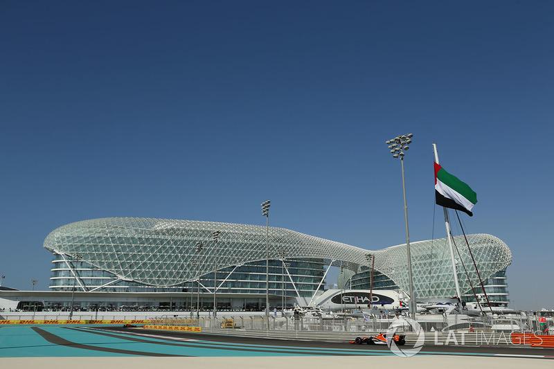 "<img src=""https://cdn-6.motorsport.com/static/img/cfp/0/0/0/200/226/s3/united_arab_emirates-2.jpg"" alt="""" width=""20"" height=""12"" />Отель«Яс» («Яс Марина», Абу-Даби)"