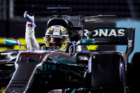 Lewis Hamilton, Mercedes AMG F1 W08, celebrates victory by waving from his cockpit
