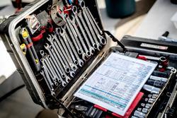 Des outils de l'équipe Peugeot Sport