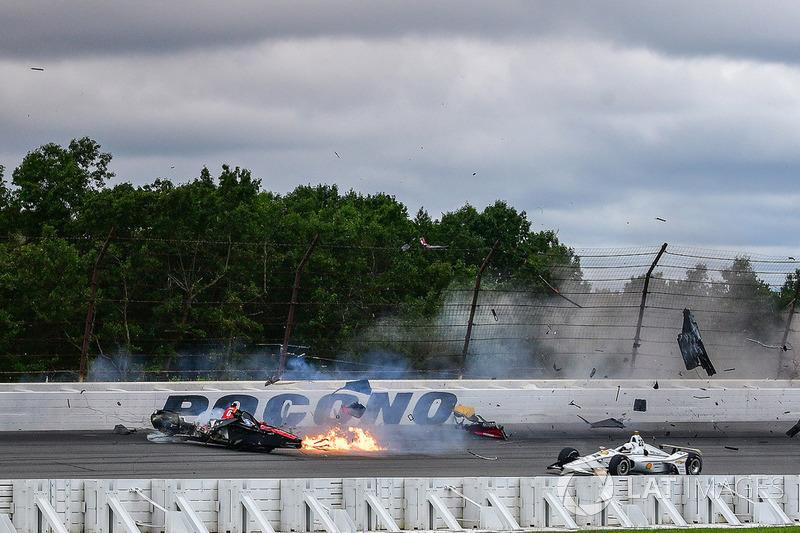 De zware crash van Robert Wickens in beeld