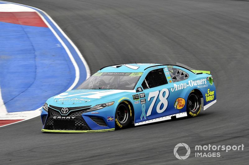 13. Martin Truex Jr., Furniture Row Racing, Toyota Camry Auto-Owners Insurance