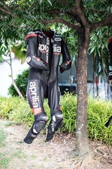 Aleix Espargaro, Aprilia Racing Team Gresini, lethers