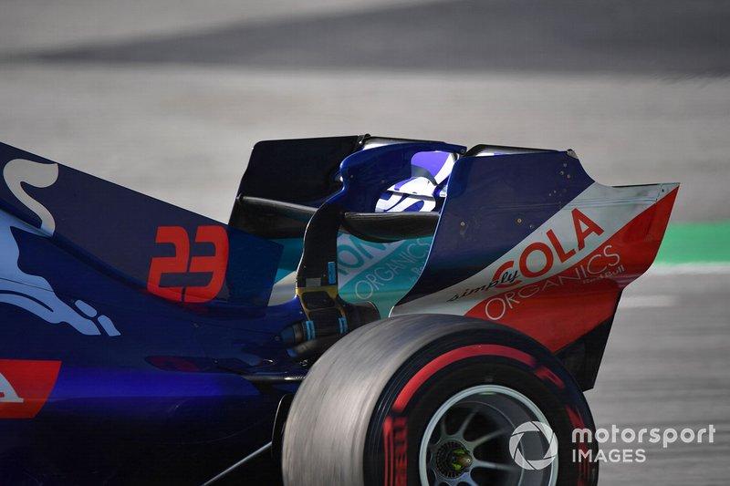 Scuderia Toro Rosso STR14 rear wing