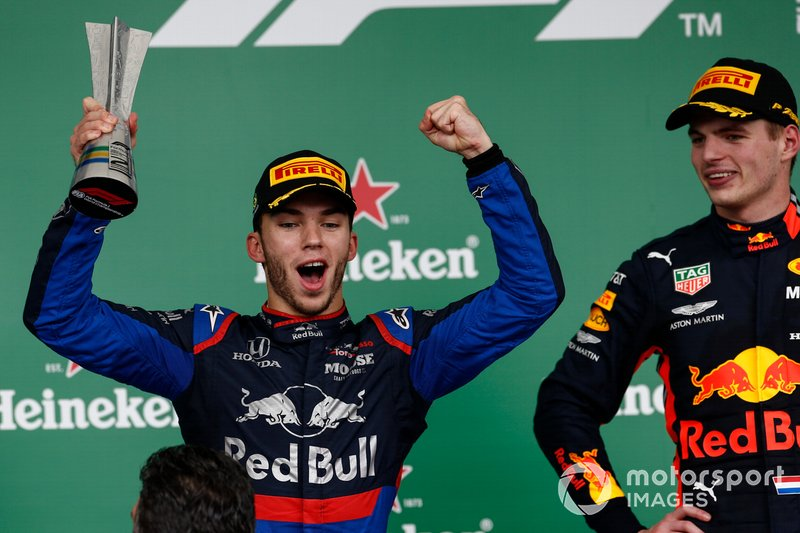 Pierre Gasly, Toro Rosso, 2nd position, celebrates with his trophy alongside Max Verstappen, Red Bull Racing, 1st position, on the podium