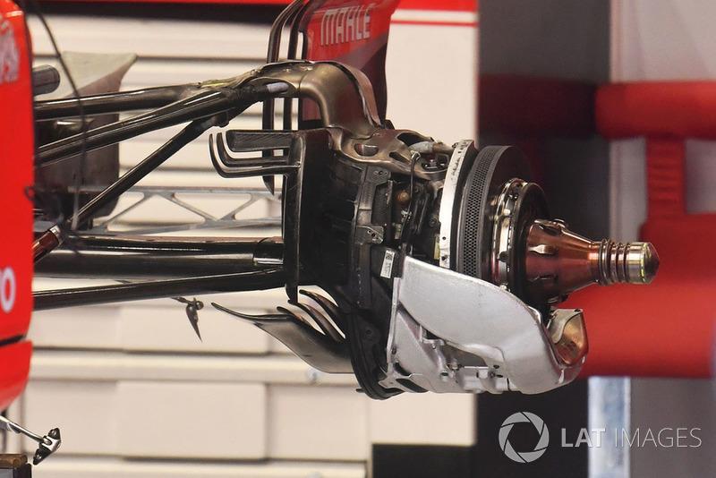 Ferrari SF71H cubo de rueda trasera y detalle de freno