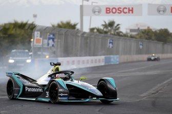 Nelson Piquet Jr., Jaguar Racing, Jaguar I-Type 3, locks his brakes
