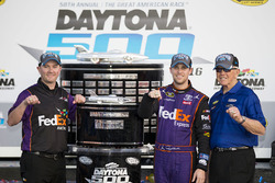Race winner Denny Hamlin, Joe Gibbs Racing Toyota with Joe Gibbs