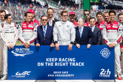 FIA Action for Road Safety fotoshoot: FIA President Jean Todt, ACO President Pierre Fillon, acteur B