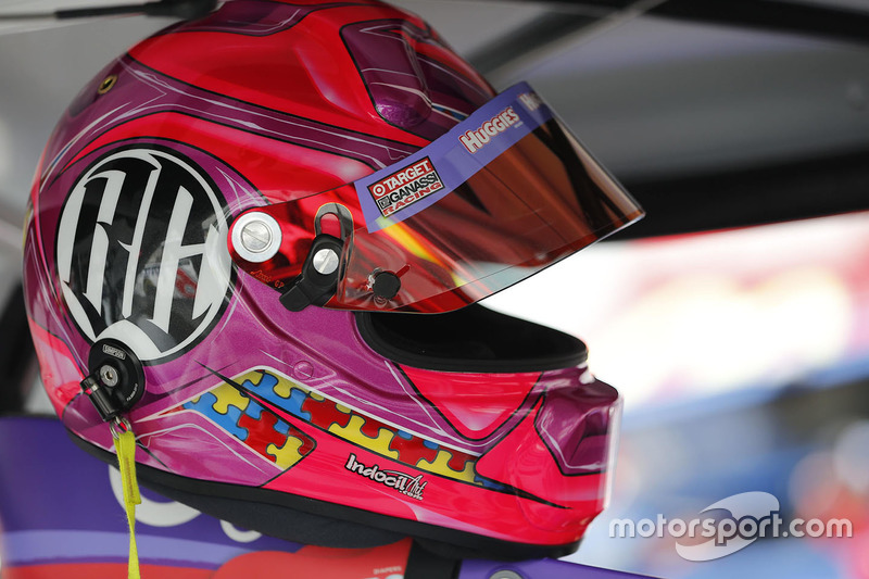 Il casco di Kyle Larson, Chip Ganassi Racing Chevrolet in tributo a Bryan Clauson