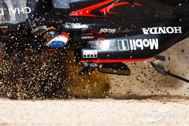 Авария Фернандо Алонсо, McLaren MP4-31
