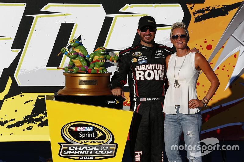 Race winner Martin Truex Jr., Furniture Row Racing Toyota with his wife, Sherry Pollex