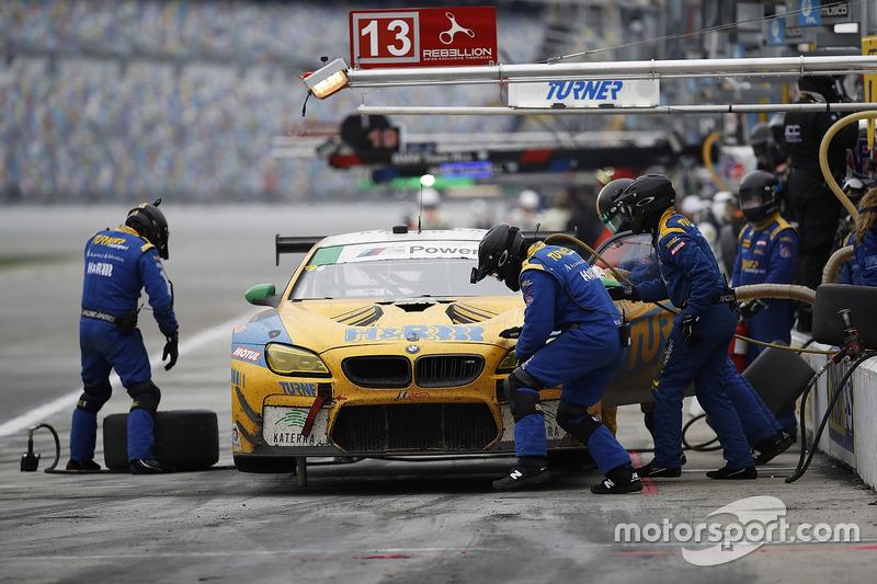 #96 Turner Motorsport BMW M6 GT3: Jens Klingmann, Justin Marks, Maxime Martin, Jesse Krohn, acción en pits