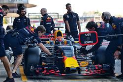 Max Verstappen, Red Bull Racing RB13 running sensor equipment