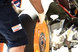 Gomma Michelin, cambio di una ruota Honda