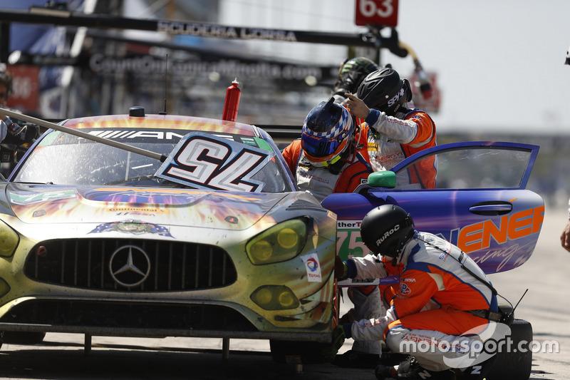 #75 SunEnergy1 Racing Mercedes AMG GT3: Boris Said, Tristan Vautier, Kenny Habul, Pit stop