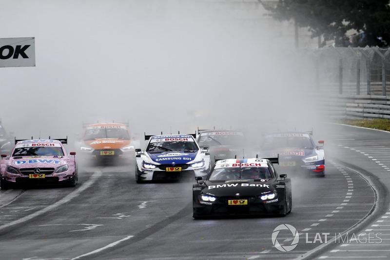Старт: Бруно Спенглер, BMW Team RBM, BMW M4 DTM, лідирує