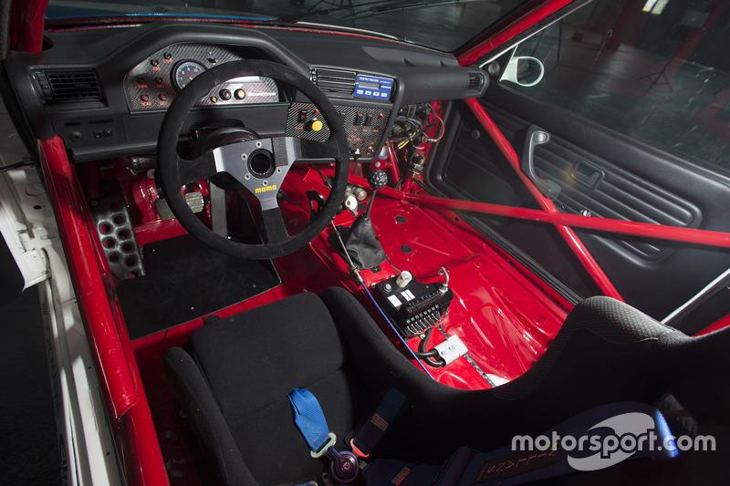 Cockpit BMW M3 DTM, BMW Team Schnitzer