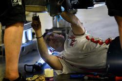 Nissan Motorsport mechanic at work