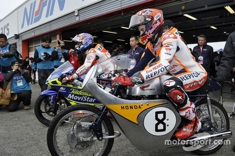ダニ・ペドロサ(RS125RW)とマルク・マルケス(RC142)