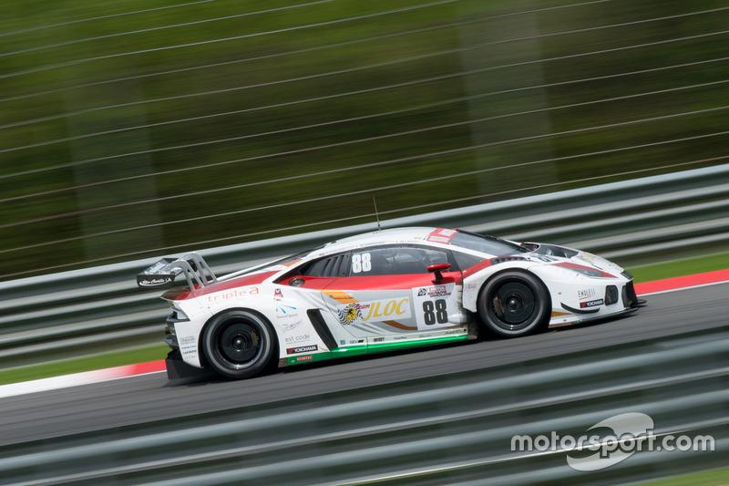 #88 JLOC Lamborghini Huracan GT3: Manabu Orido, Kazuki Hiramine, Adrian Zaugg