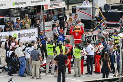Graham Rahal, Rahal Letterman Lanigan Racing Honda celebrates the win