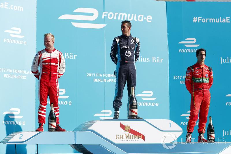 Podium: 1. Sébastien Buemi, Renault e.Dams; 2. Felix Rosenqvist, Mahindra Racing; 3. Lucas di Grassi, ABT Schaeffler Audi Sport