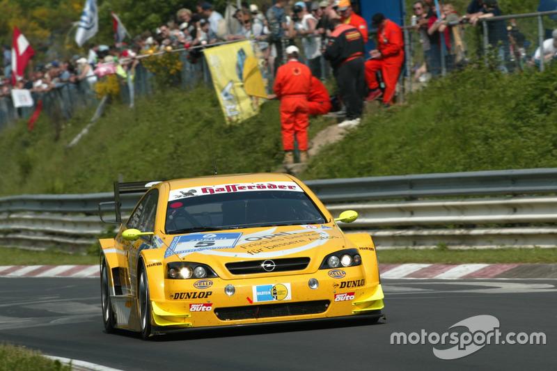 2003: Manuel Reuter, Timo Scheider, Marcel Tiemann (Opel Astra V8 Coupe)