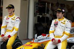 Fernando Alonso, Renault F1 Team and Romain Grosjean, Renault F1 Team