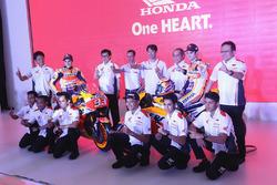 Marc Marquez, Repsol Honda Team, Dani Pedrosa, Repsol Honda Team az Astra Honda Motor tagokkal