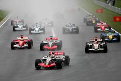 Kimi Raikkonen, McLaren Mercedes MP4/21