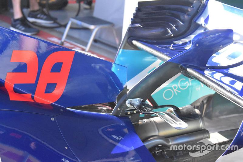 La carrosserie à l'arrière de la Toro Rosso STR13
