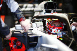 Kevin Magnussen, Haas F1 Team, in cockpit