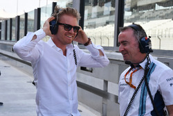 Nico Rosberg, Mercedes-Benz Ambassador and Paddy Lowe, Williams Shareholder and Technical Director