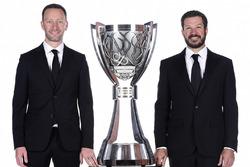 2017 şampiyonuMartin Truex Jr., Furniture Row Racing Toyota, ekip şefi Cole Pearn