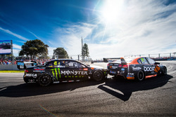 Cameron Waters, Prodrive Racing Australia Ford, James Courtney, Walkinshaw Racing
