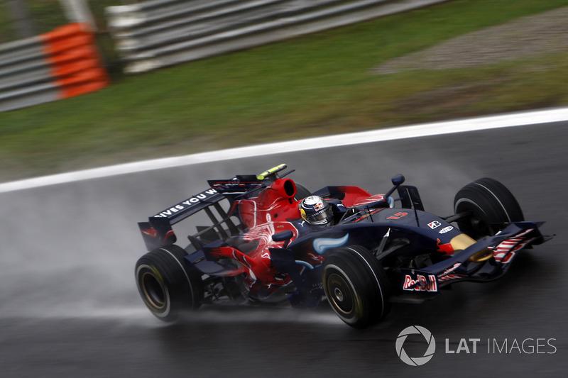 25. El Toro Rosso STR03 de F1