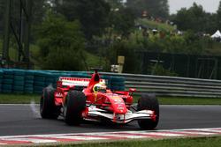 Felipe Massa, Ferrari 248 F1 spins