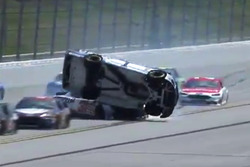 Jamie McMurray, Chip Ganassi Racing flips